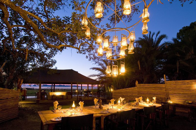 sunset dinner att busanga