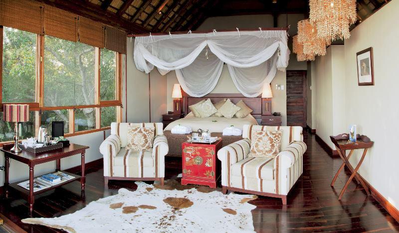 stay in this royal chundu room on our luxury Zimbabwe and Botswana safari