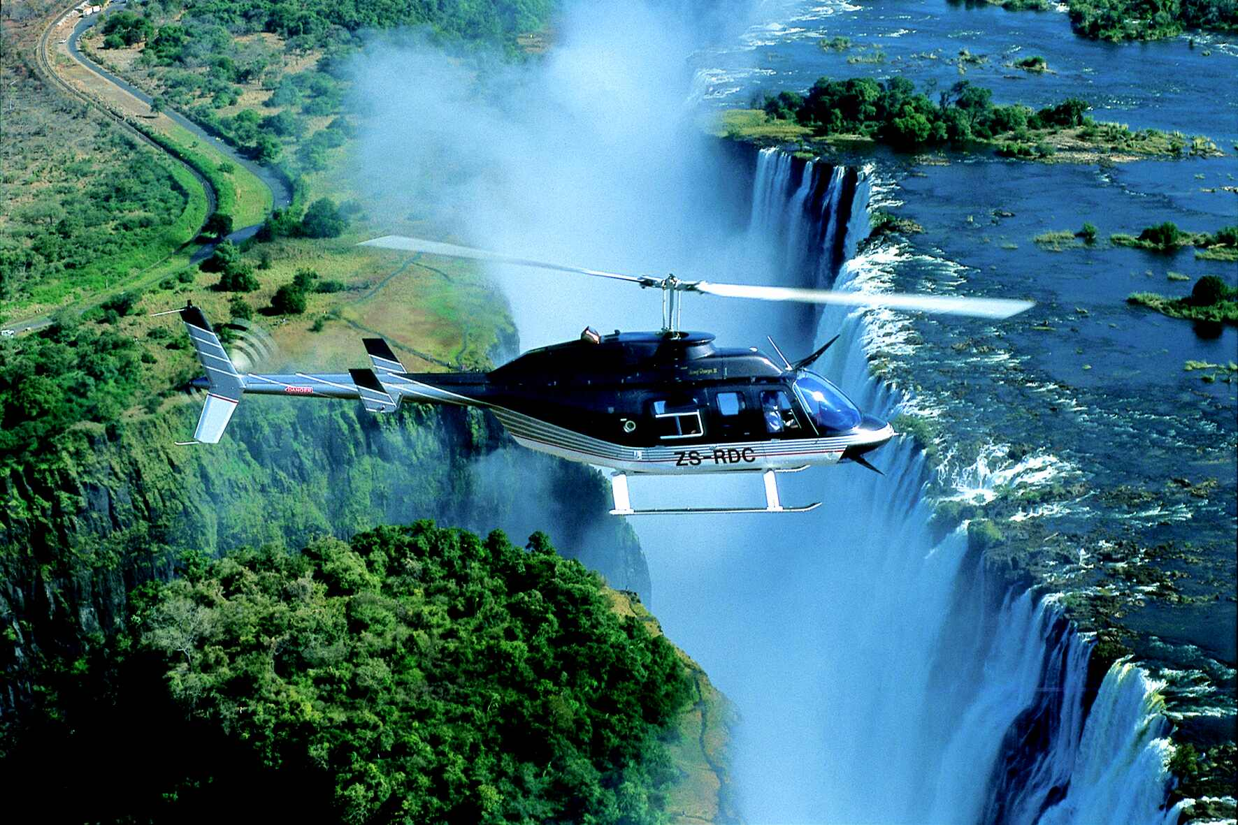 helicopter safari over Victoria Falls on our luxury Zimbabwe and Botswana safari