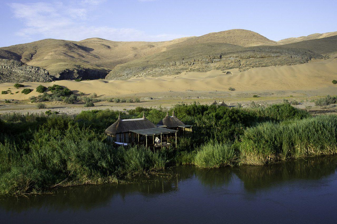oasis at Serra Cafema on the Kunene River