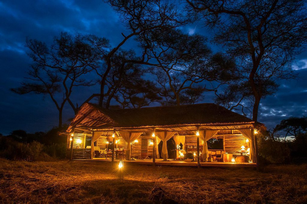Kuro Tarangire camp aglow by lantern light