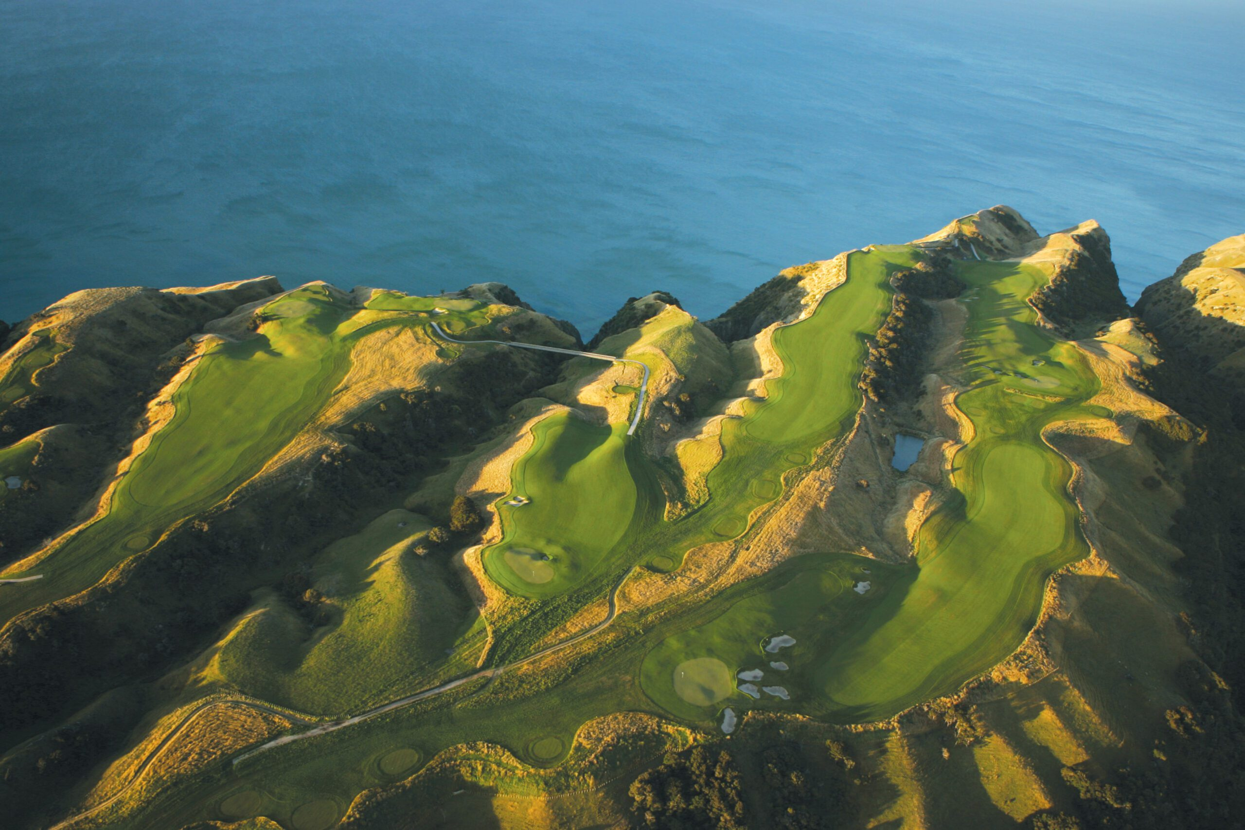 Visit Cape Kidnappers Golf Course on your next golf safari