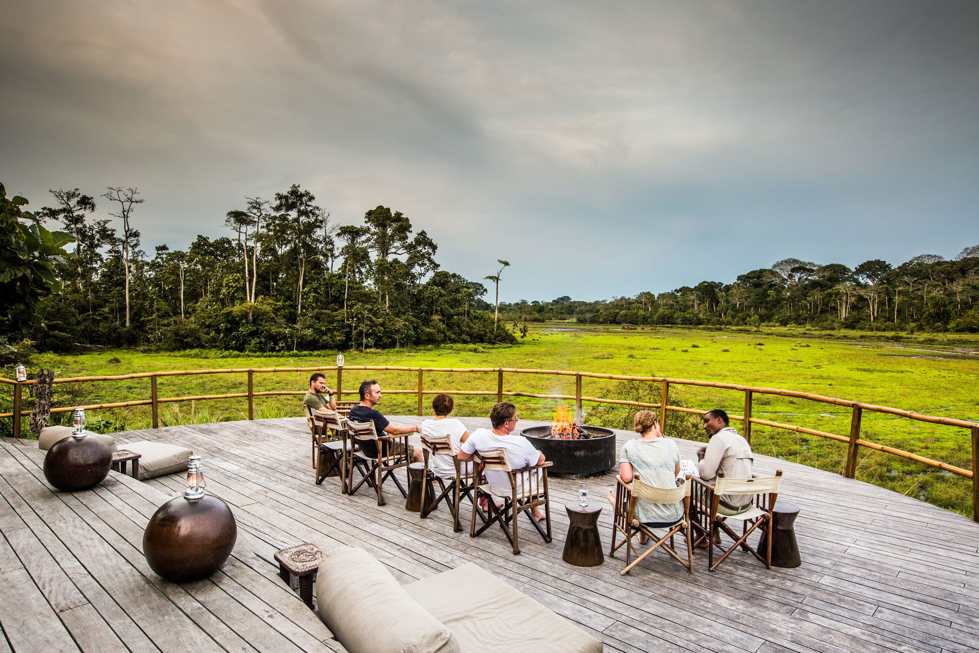 lango bai deck and fire pit