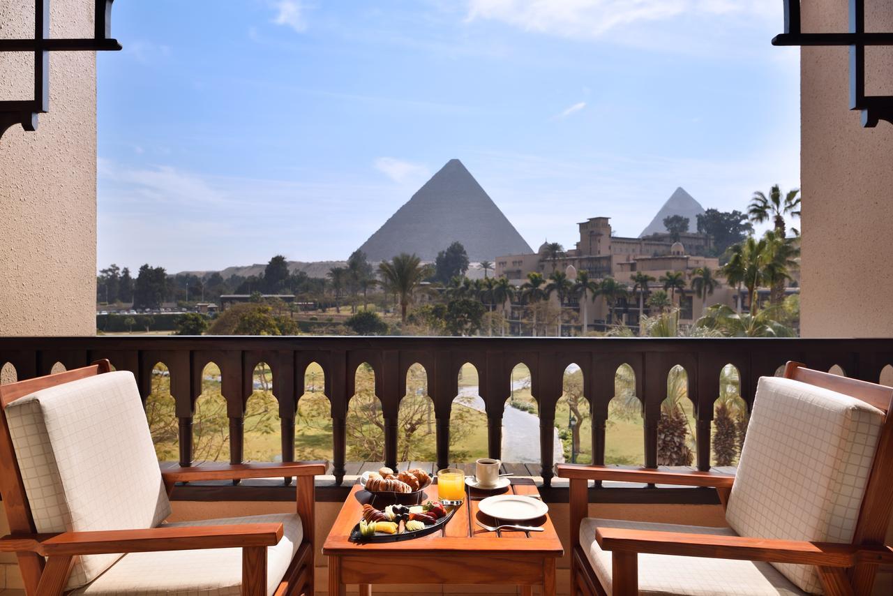 marriott mena house balcony seen on Egypt holiday