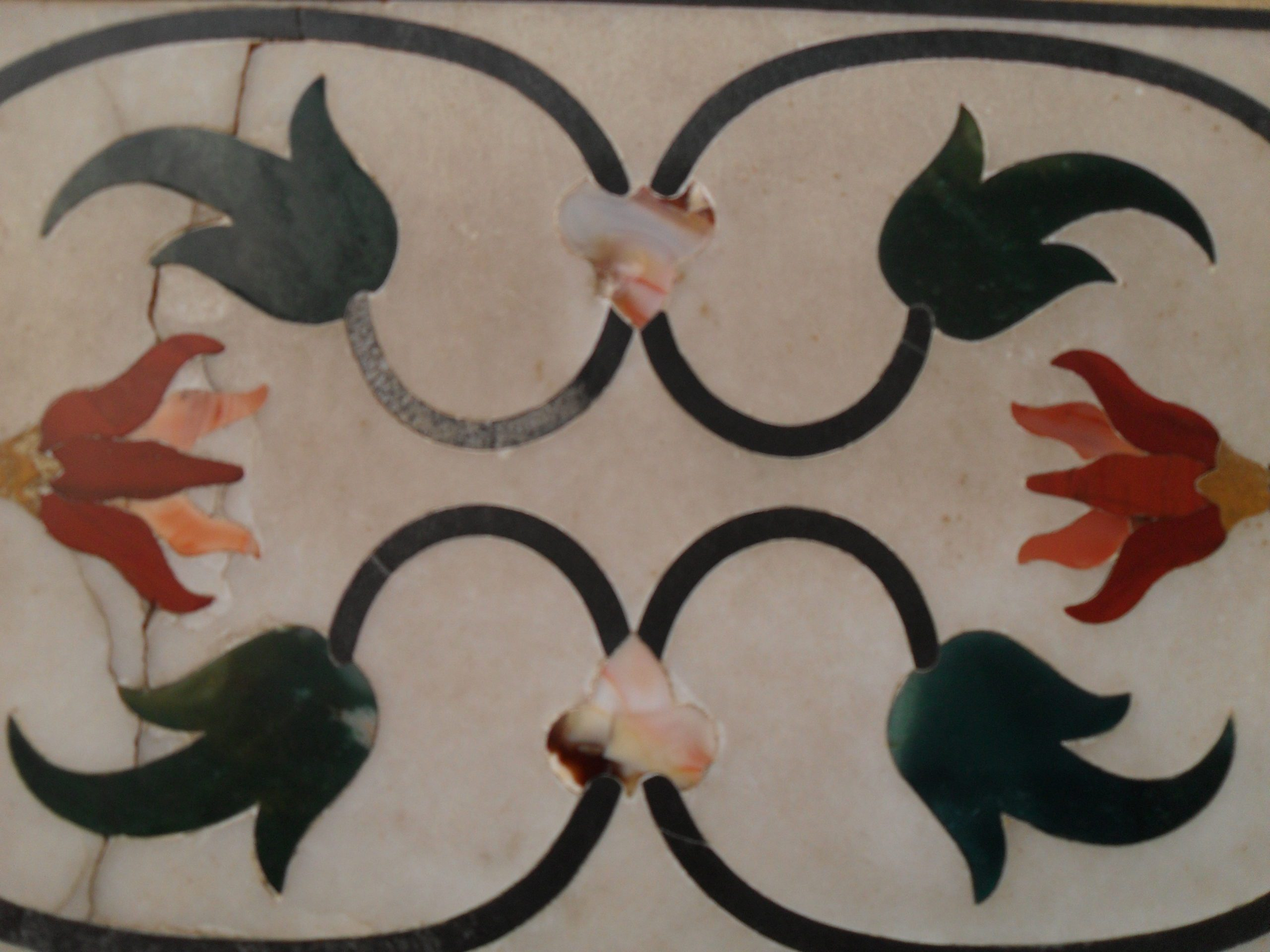 intricate inlay from the Taj Mahal