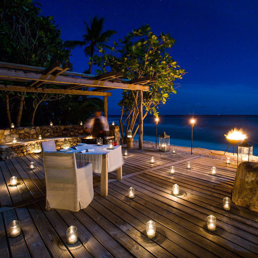 lanterns on dining deck