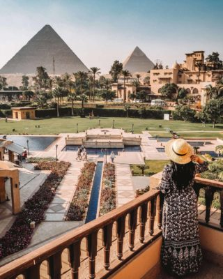 Marriott Mena House facing the pyramids seen on our best Egypt safari