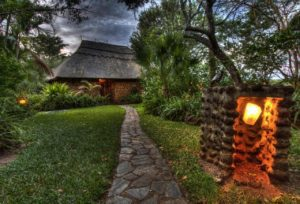 12_-_gorges_-_chalets_are_set_in_a_magnificent_indigenous_garden